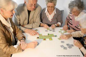 seniors-playing-games